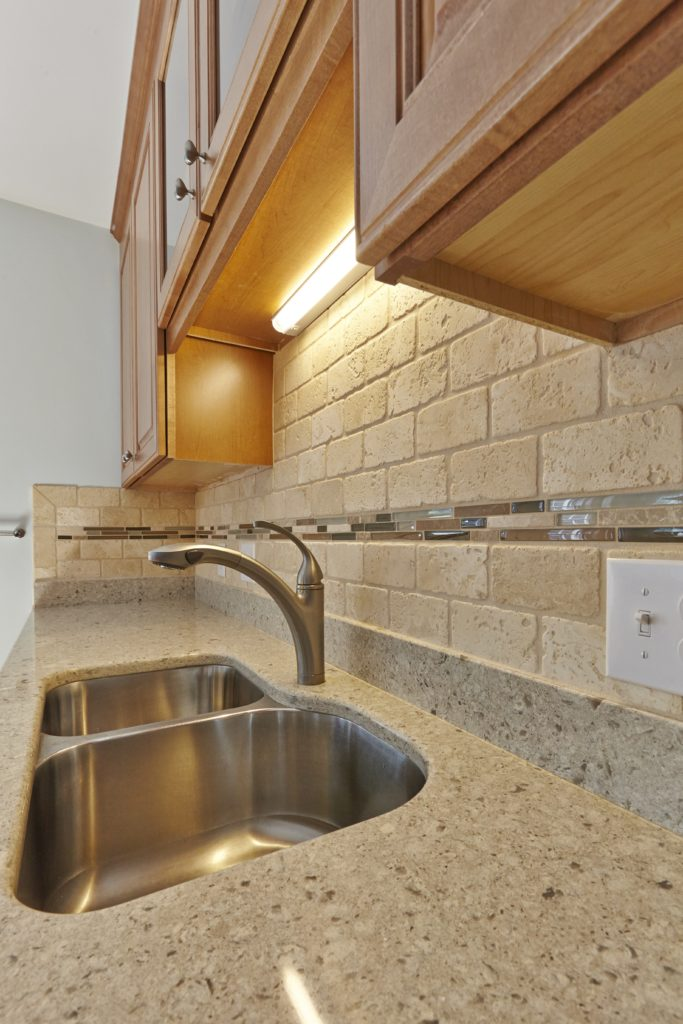 Christiansburg Kitchen Remodeling Contractor with new sink, countertop and splashguard